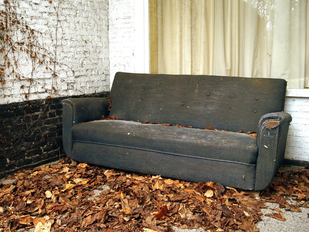 Albuquerque Junk Removal Hauling, How To Dispose Of A Sleeper Sofa